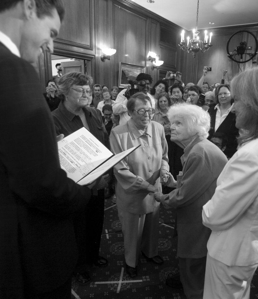 Phyllis Lyon and Del Martin with San Francisco Mayor Gavin Newsom