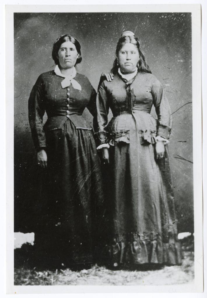 Portrait of Maria Antonia Ynitia Knox and Maxima Antonia Ynitia