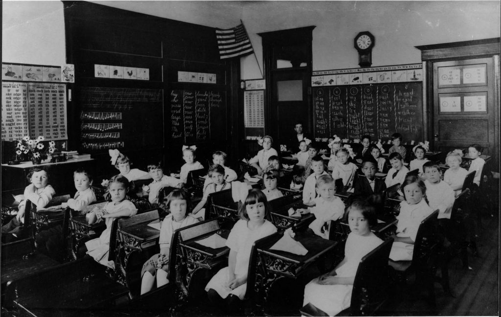 1.4.4 McKinley School, 1914