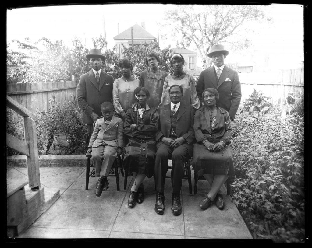 1.5.4 Portrait of Family in Backyard, circa 1930s